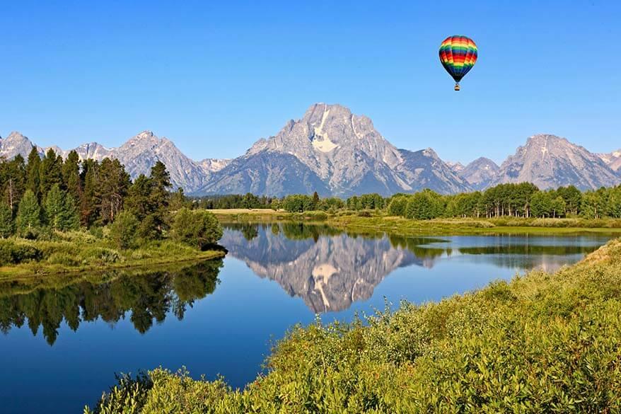 Hot air balloon at Snake River in Grand Teton National Park