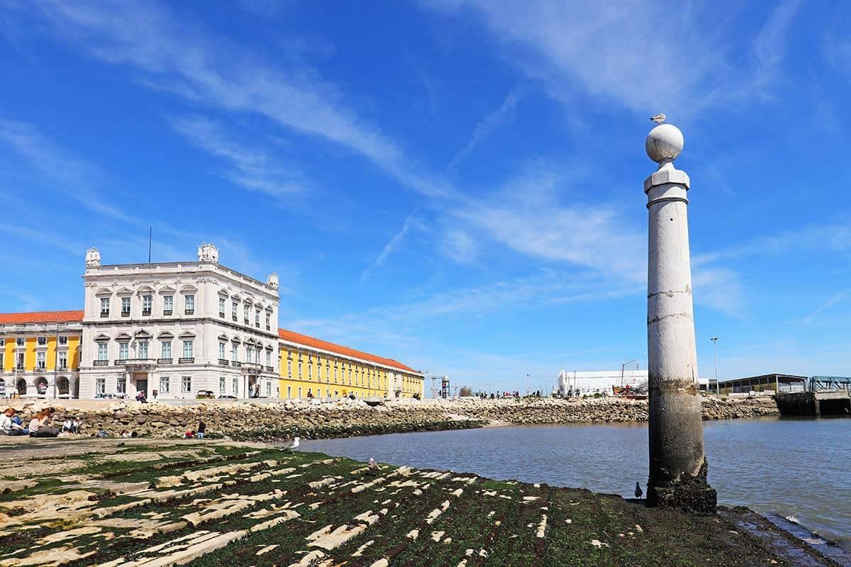 Cais de Colunas in Lisbon