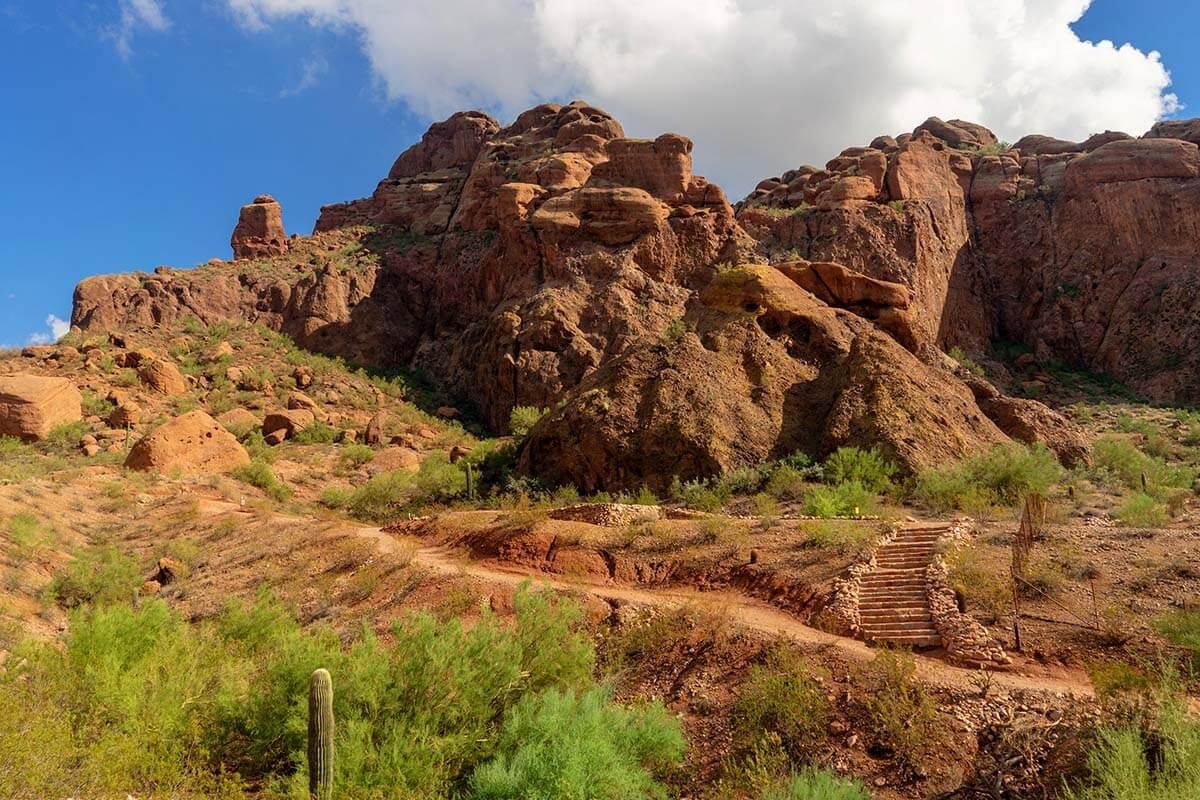 Camelback Mountain Echo Canyon hiking trail near Phoenix