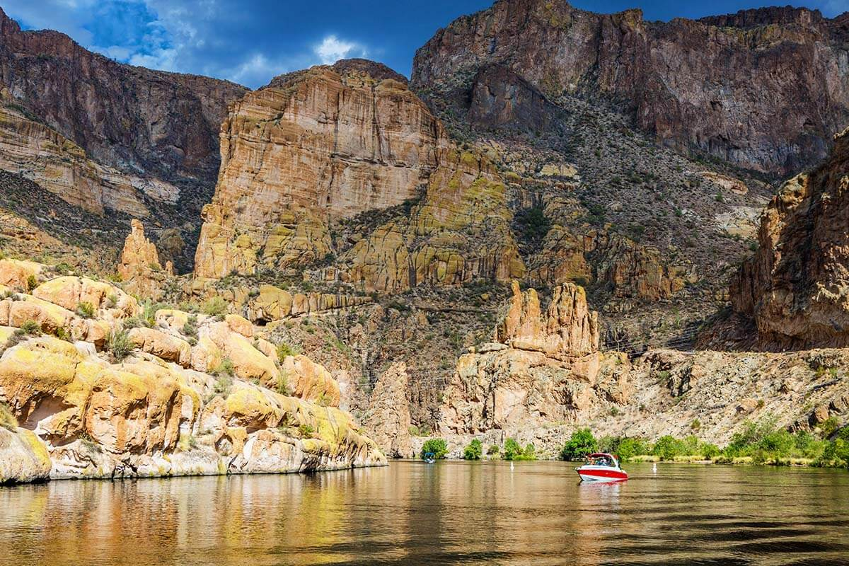 Canyon Lake in Superstition Mountains Arizona