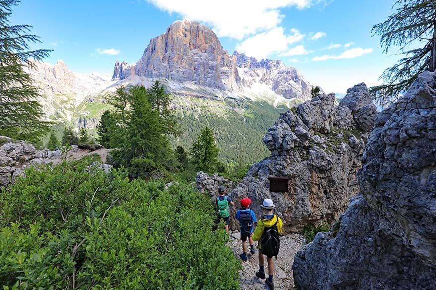 Hiking in the Dolomites with kids - Cinque Torri loop hike