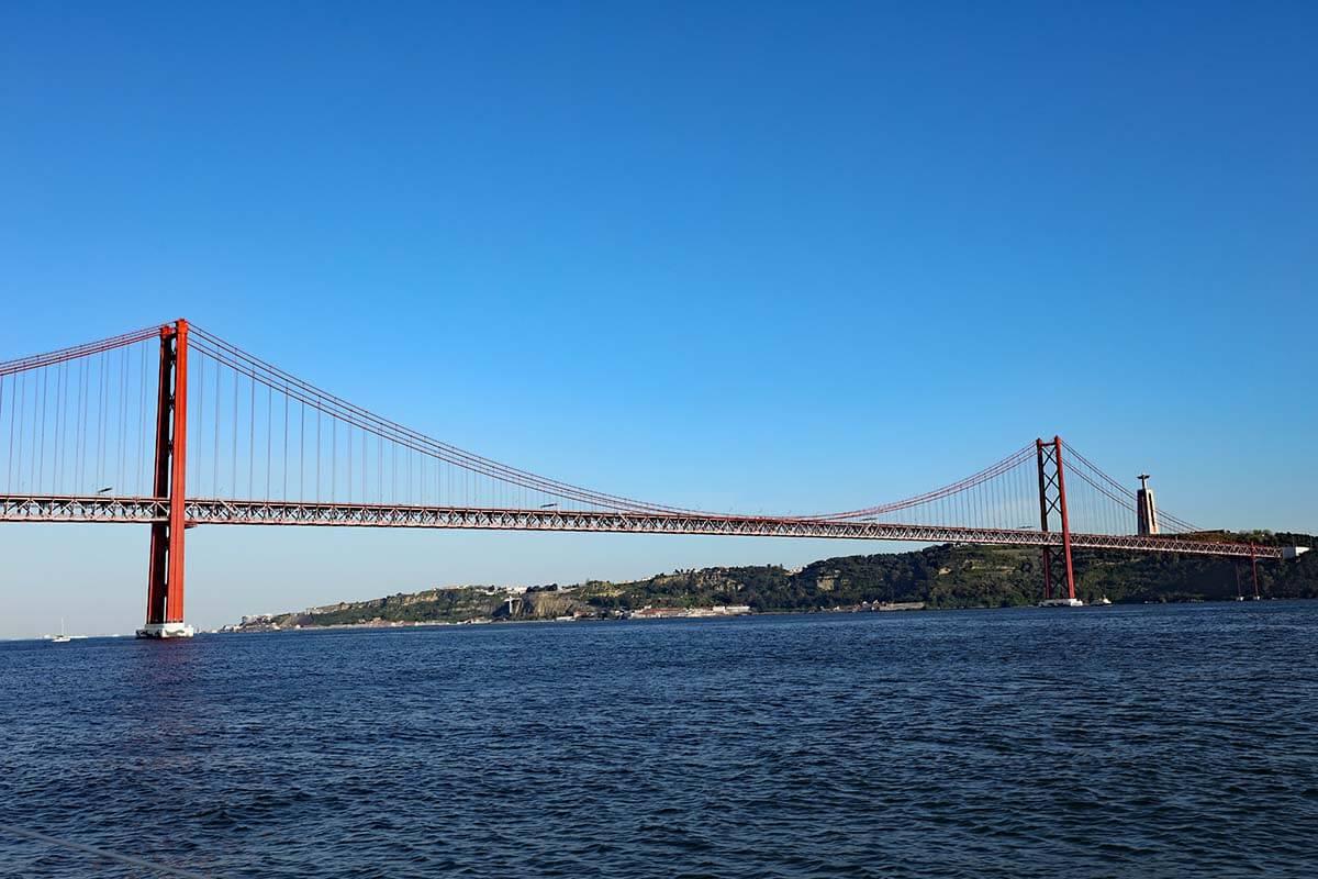 Ponte 25 de Abril bridge in Lisbon