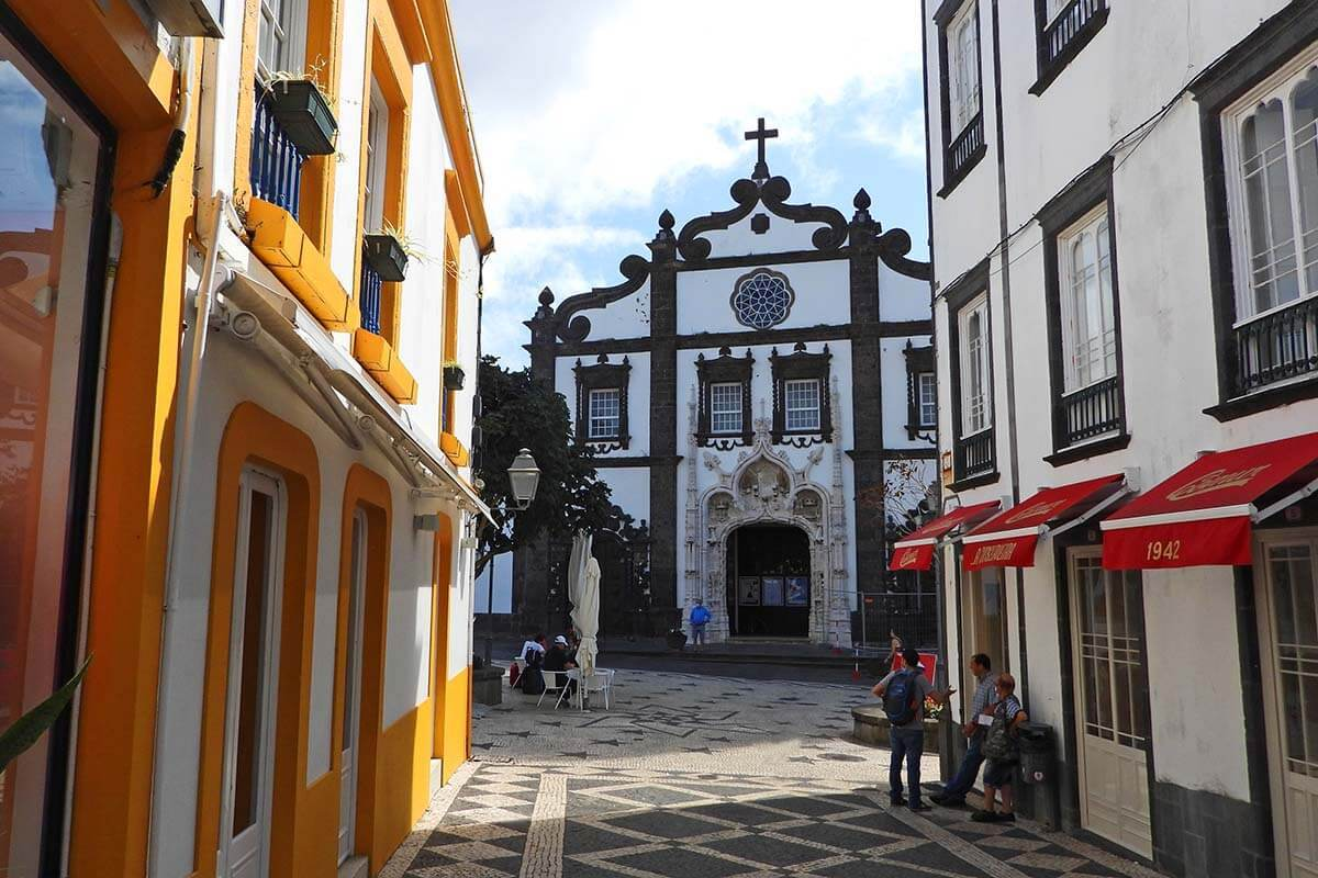 Igreja de Sao Sebastiao and Largo da Matriz in Ponta Delgada