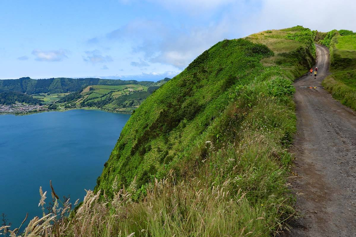 Best things to do in Sete Cidades - Sete Cidades crater hike PR4SMI