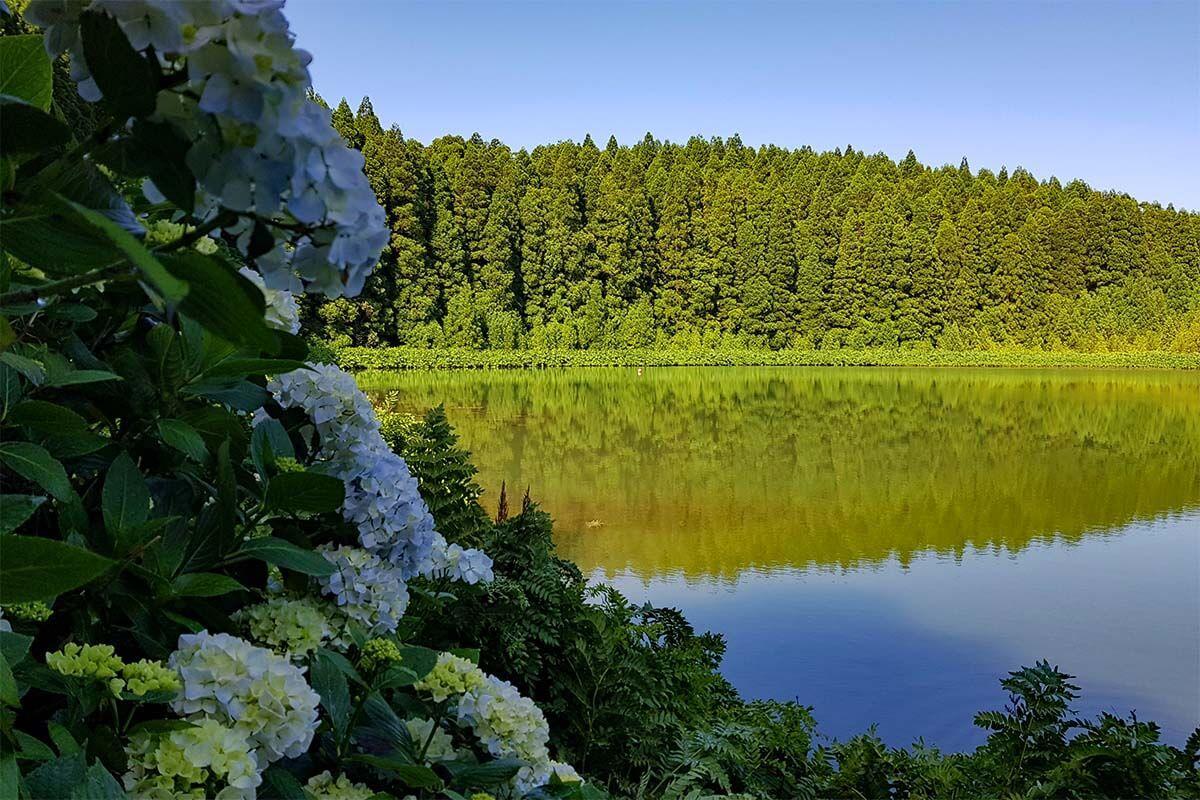 Lagoa do Canario in Sete Cidades Azores