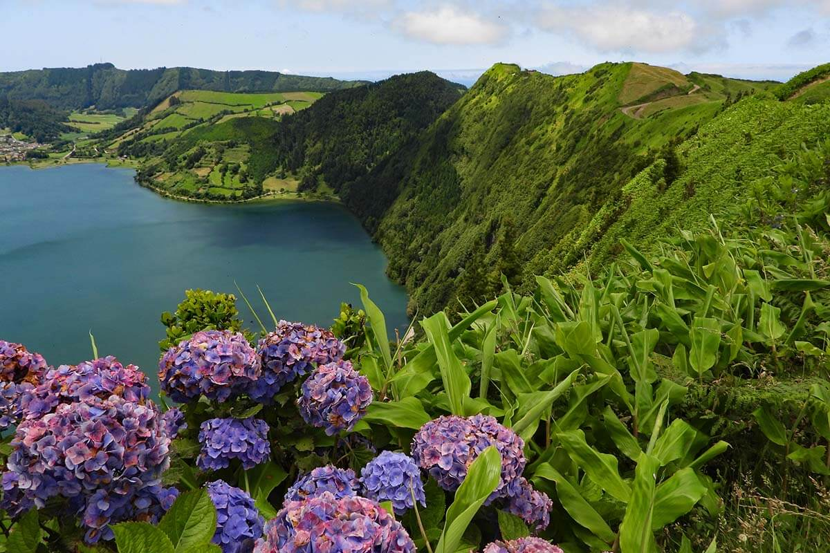 Miradouro das Cumeeiras in Sete Cidades, Azores
