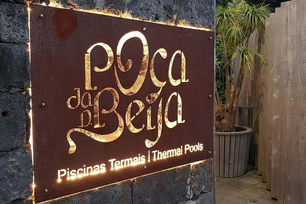 Poça da Dona Beija thermal pools in Furnas