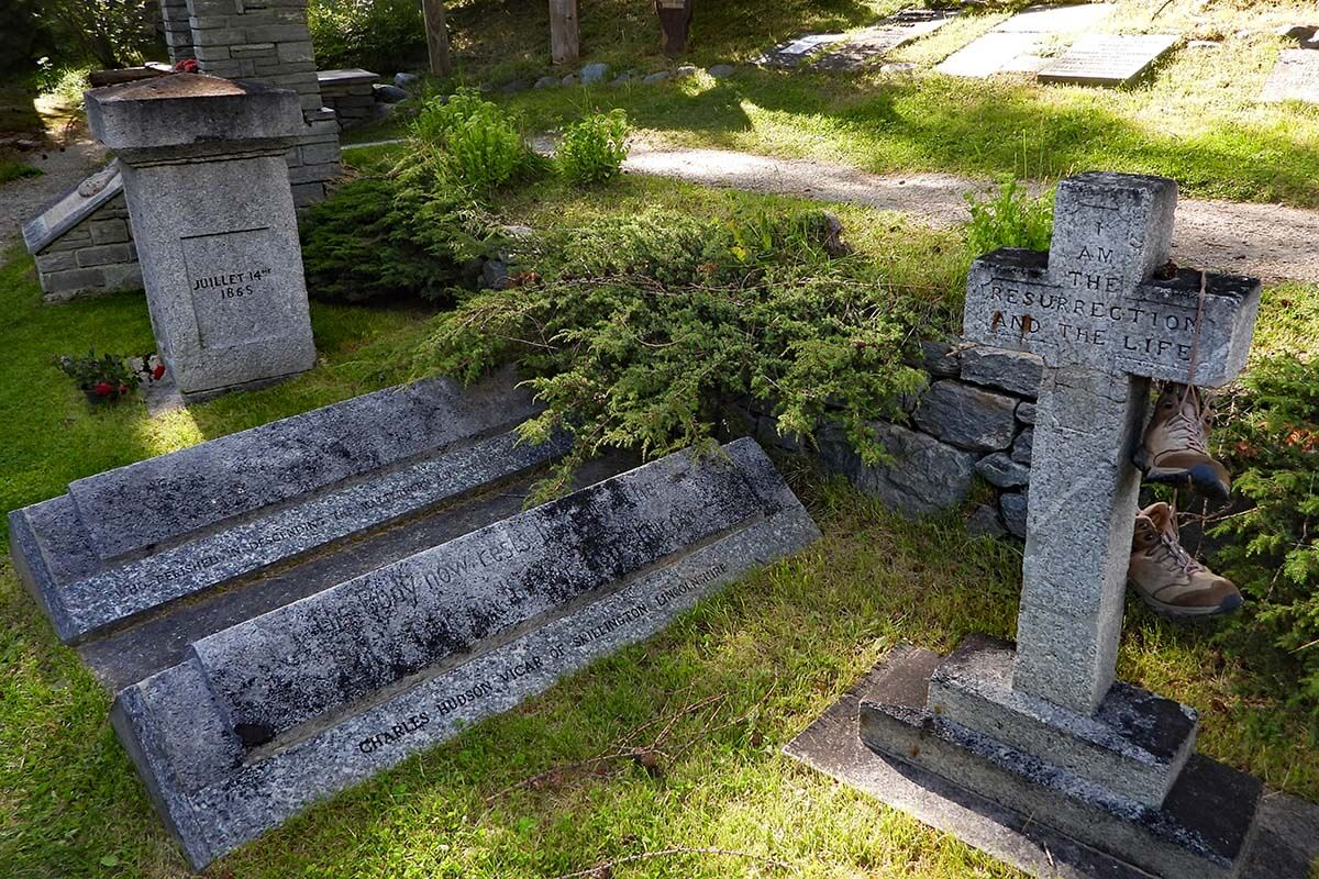 Mountaineer's Cemetery in Zermatt